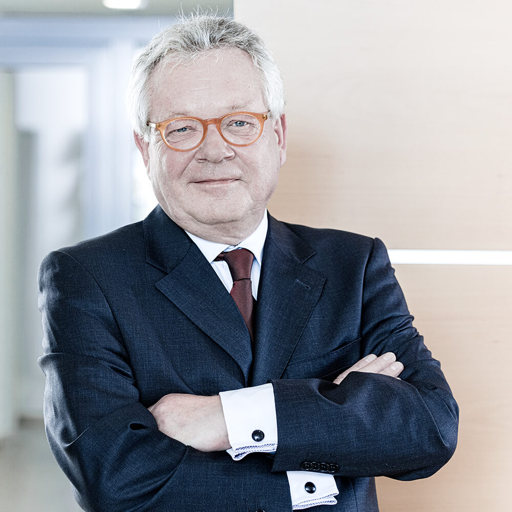 Busse & Busse - Herr Prof. Ulrich Pott LL.M.