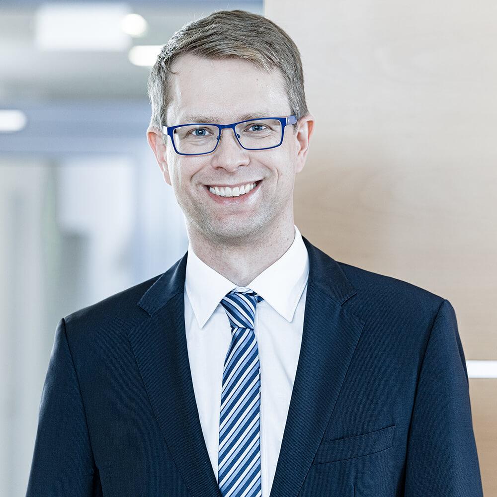 Busse & Busse - Herr Johannes Völler-Blumenroth